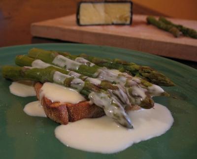 pork fillet with asparagus