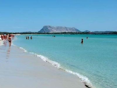 Spiaggia principale di San Teodoro La Cinta