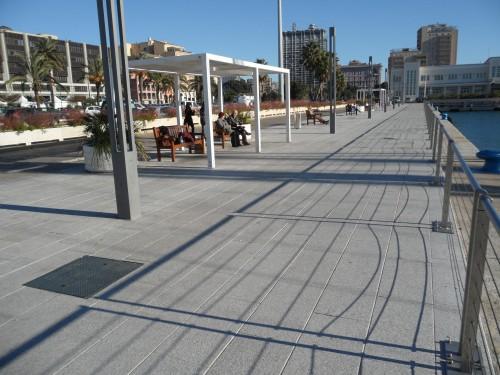 Porto su Via Roma a Cagliari