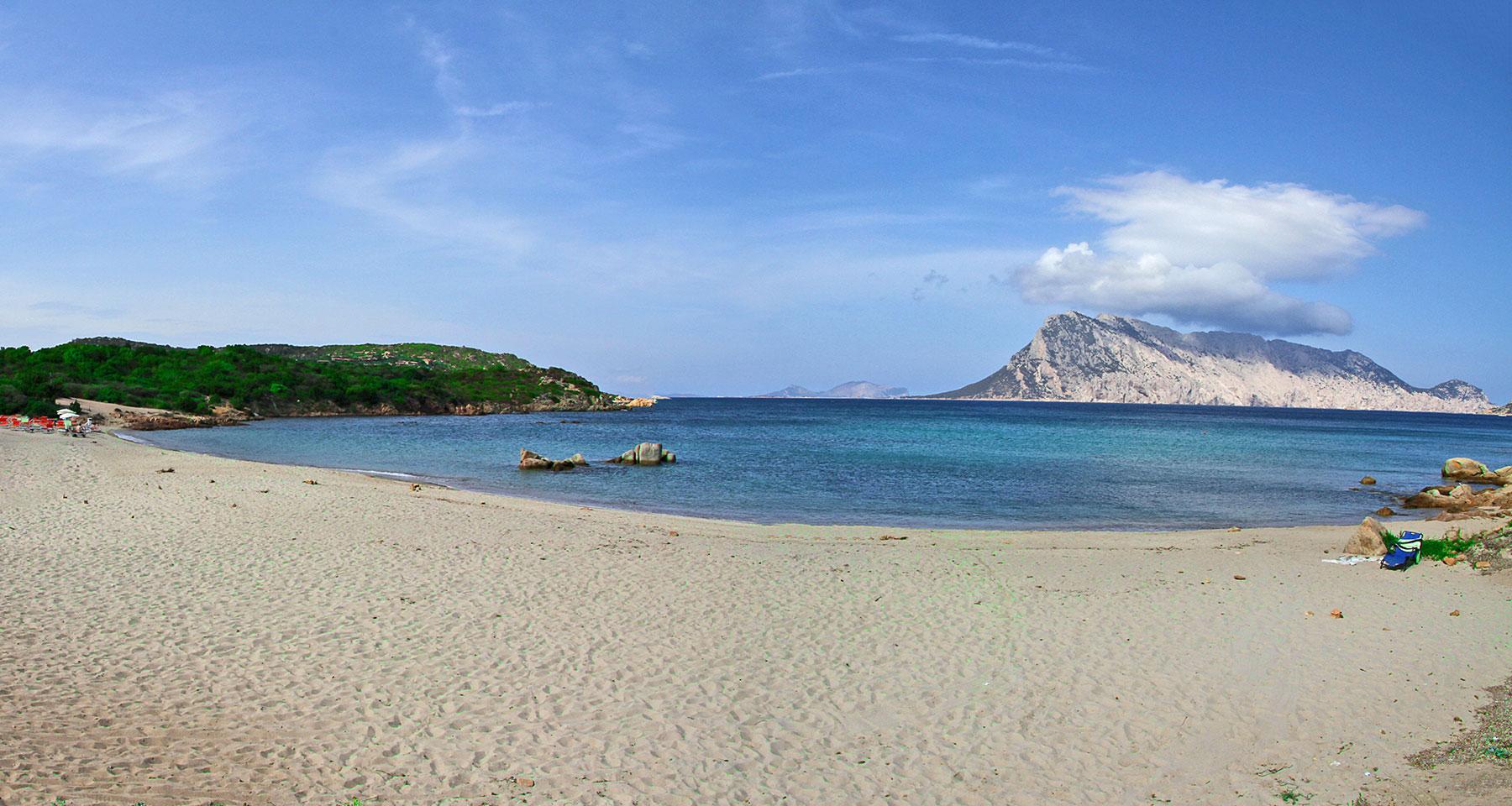 Hotel Grande Baia Resort San Teodoro Sardinien