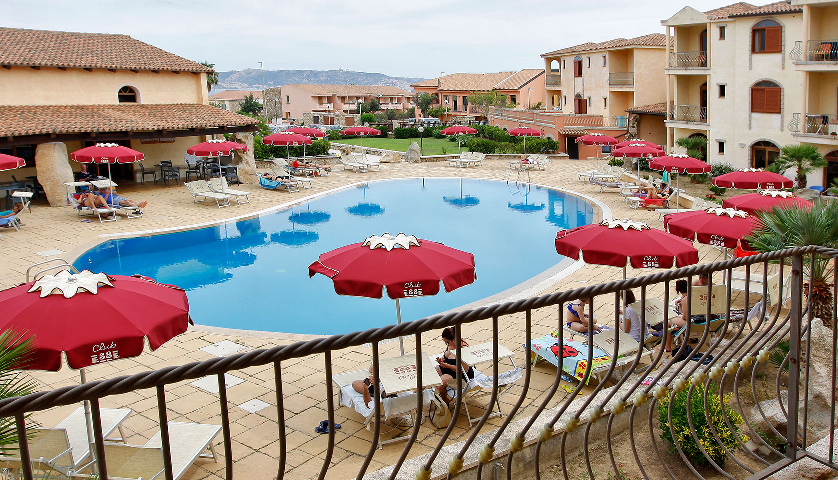 Club esse posada beach resort palau sardinia italy for Hotel palau sardegna