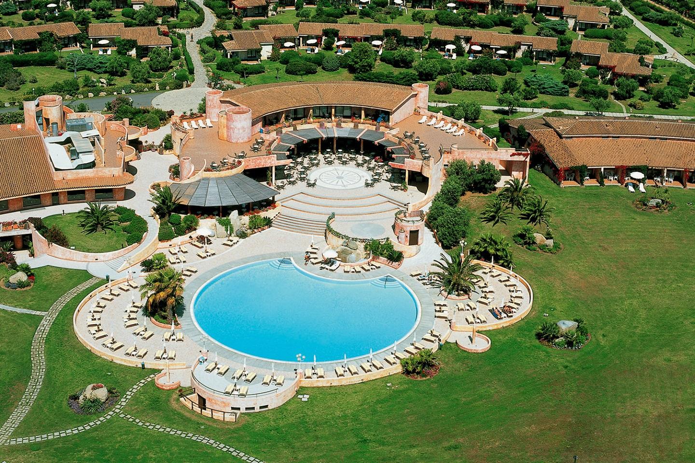 Sant\'Elmo Beach Hotel - Castiadas - Sardinia, Italy - Sardegna.com