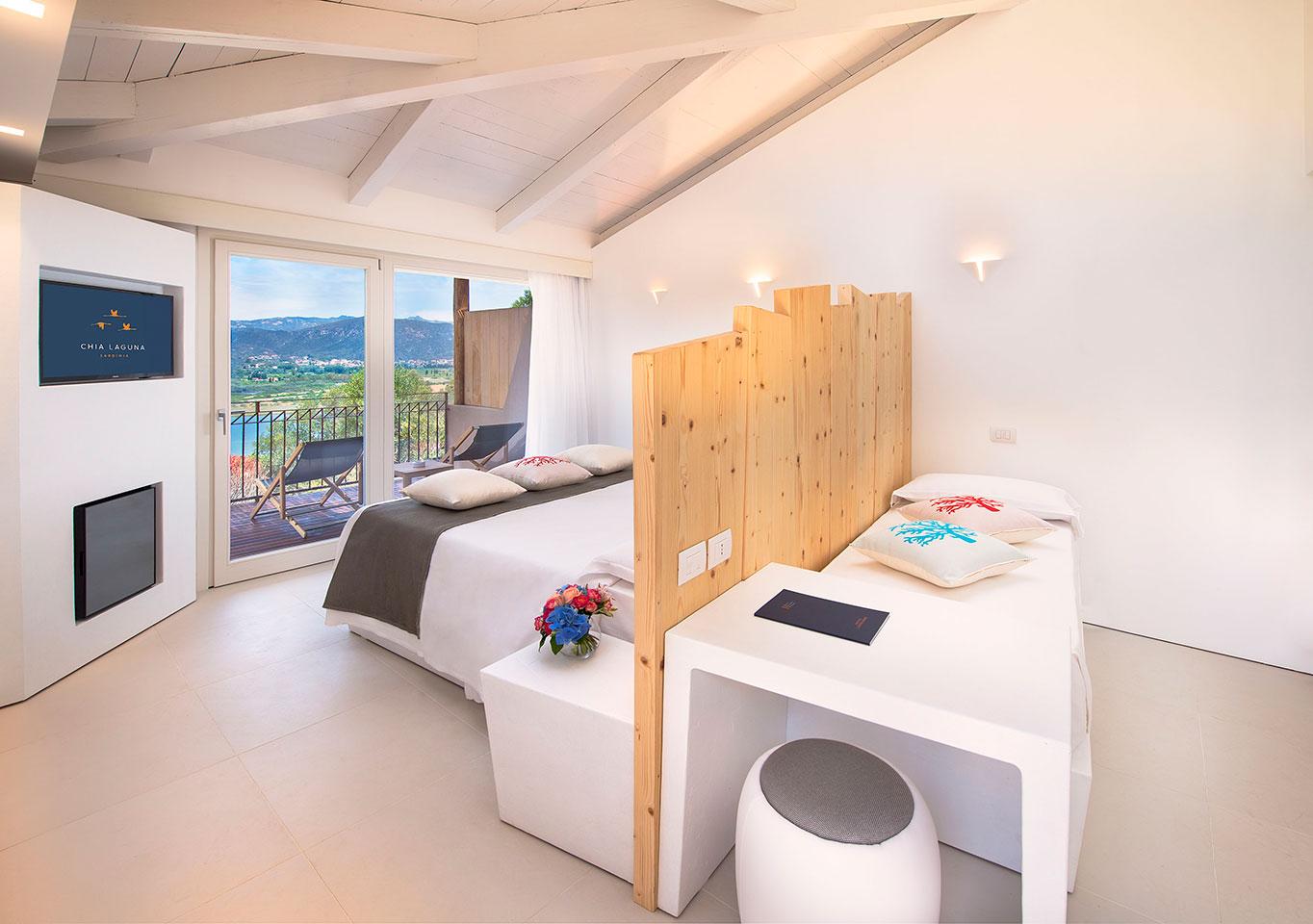 Chia laguna resort hotel baia chia chia domus de for Sardaigne boutique hotel