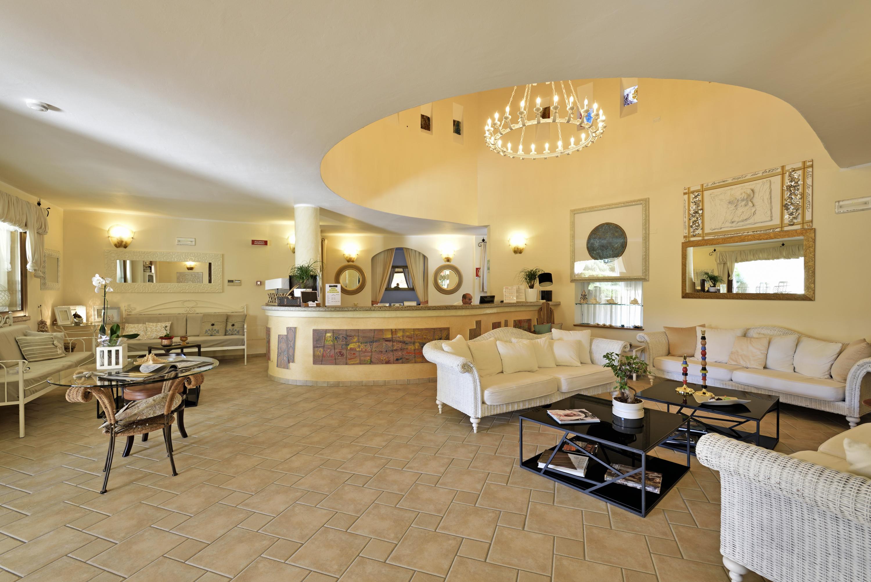 Hotel baia del porto ottiolu budoni sardaigne for Alberghi budoni sardegna