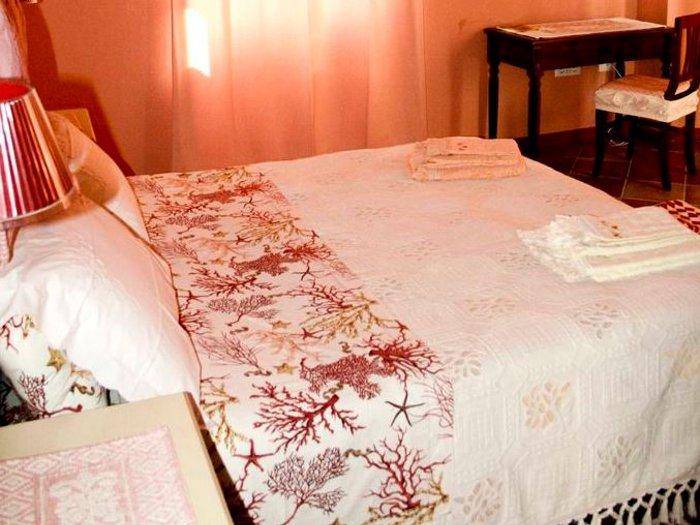 Bed and breakfast il porto vecchio stintino - Mobili per bed and breakfast ...