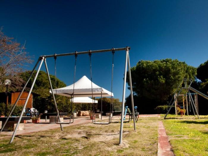Villa mila santa margherita di pula pula for Piani sud ovest della casa con cortile