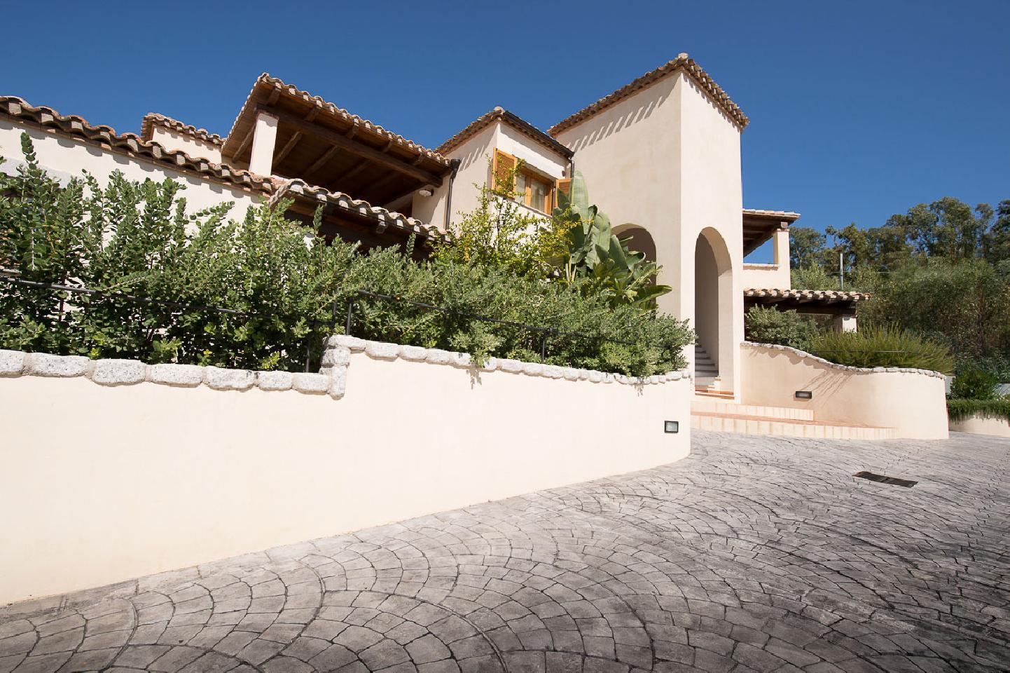 Appartamenti borgo degli ulivi villa arbatax tortoli for Sardegna appartamenti