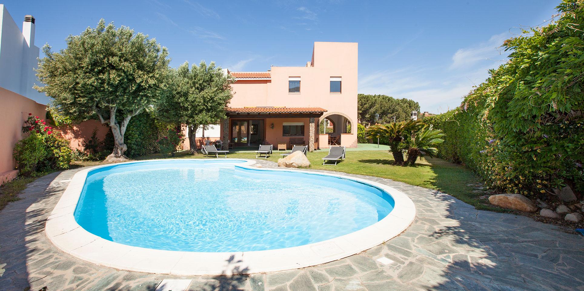 Apartments in Quartu Sant Elena sea buy