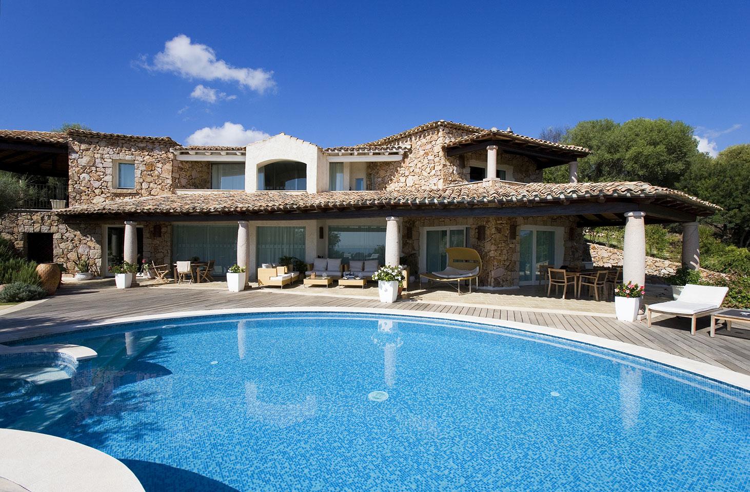 Villa sinfonia costa rei muravera sardinien italien - Villa con piscina sardegna ...