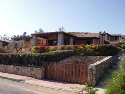 Villa isuledda vi95 6p b san teodoro sardinien for B b san teodoro