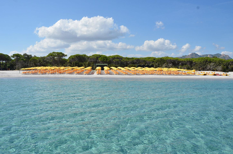 Appartamenti il mirto cala liberotto orosei for Sardegna appartamenti