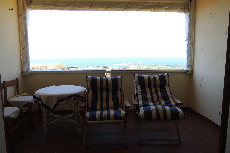 Appartamenti isola rossa isola rossa trinita 39 d 39 agultu for Subito it arredamento sardegna