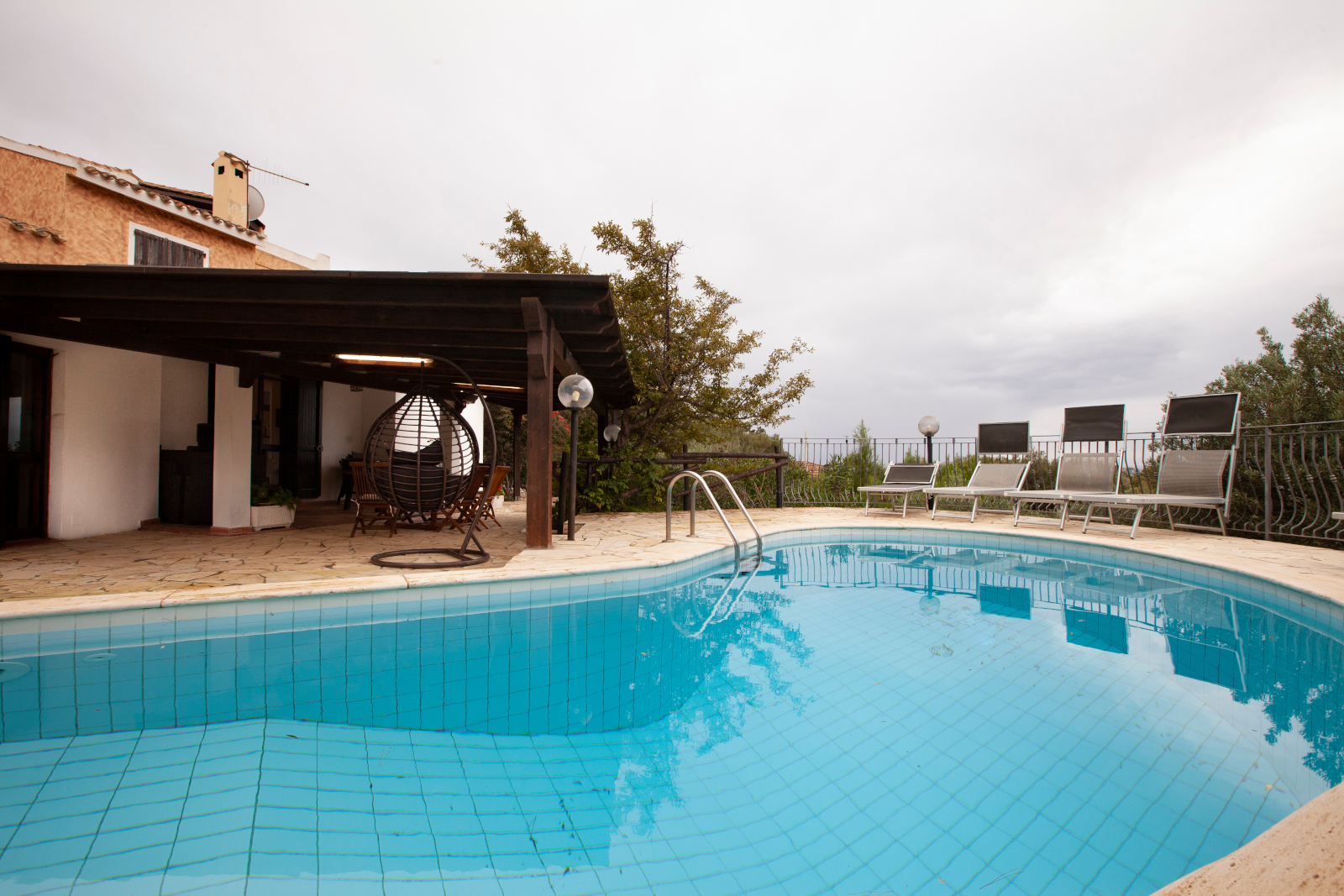 Townhouse cheaply in Torre delle Stelle