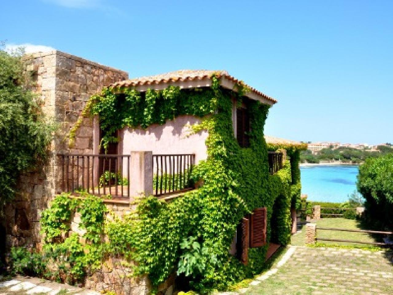 Appartamenti luddastru golfo aranci sardinia italy for Appartamenti sardegna