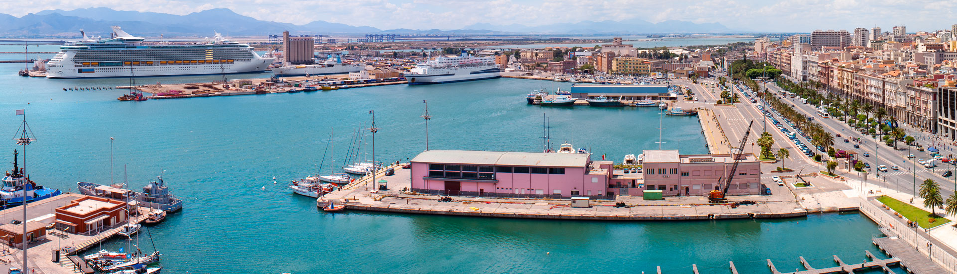 Ships and ferries from and to the port of Cagliari ...