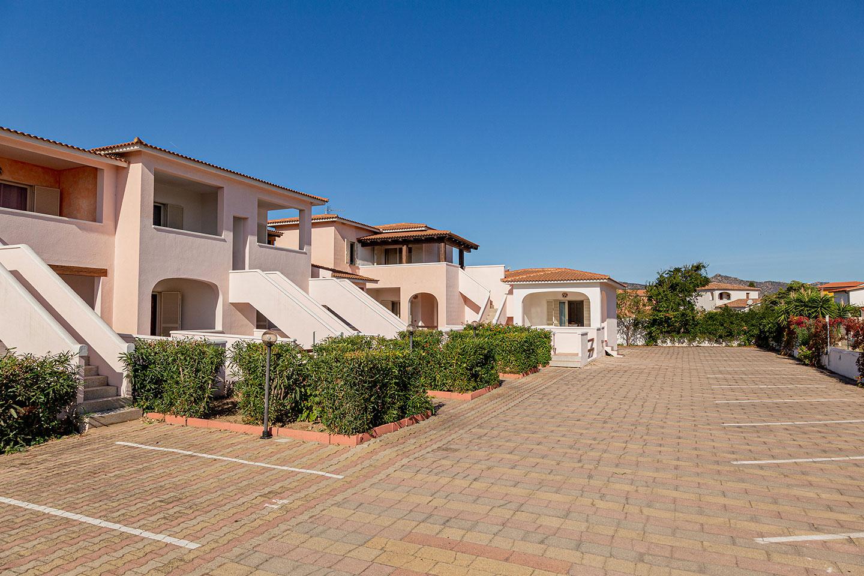 Buy house Sardinia inexpensively