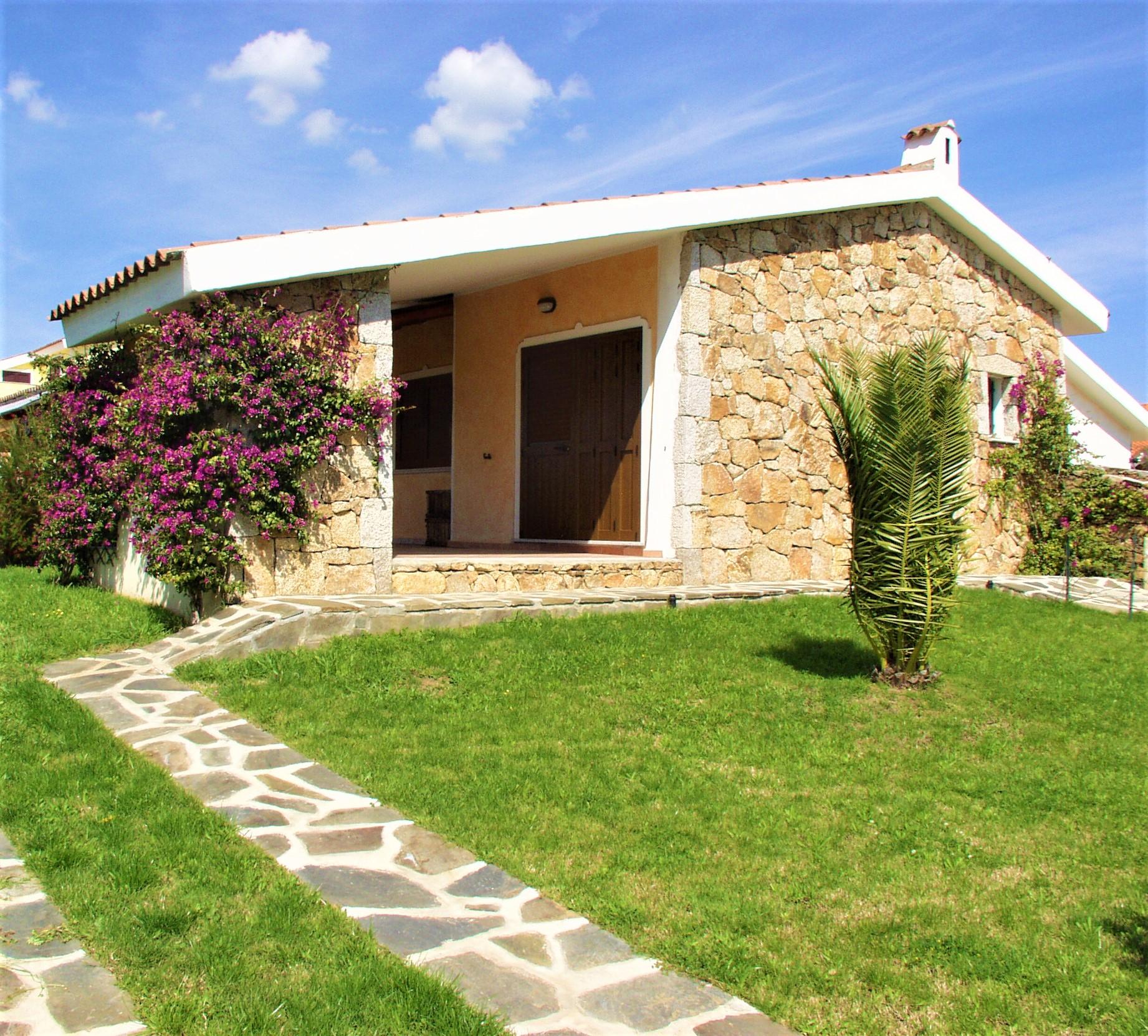 Budoni sardaigne italie for Residence agrustos